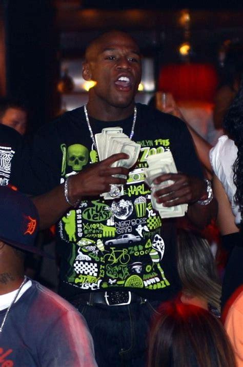 floyd mayweather money bag ridiculousness uno scorcio nella vita lussuosa di un pugile
