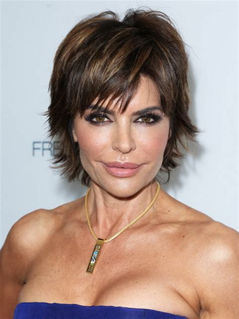 short hair for round faces in their 40s short hairstyles for women over 40
