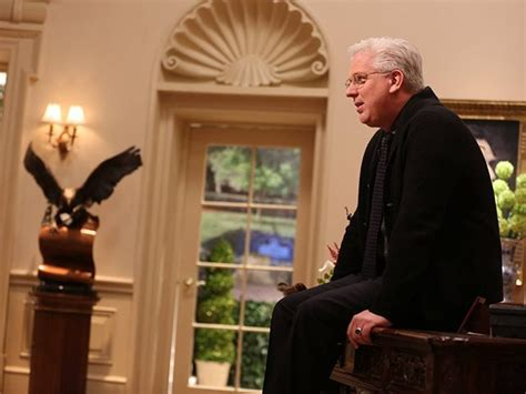 glenn beck s farewell address to his 40 laid troops