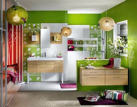 red and green bathroom how to decorate your home with color pairs