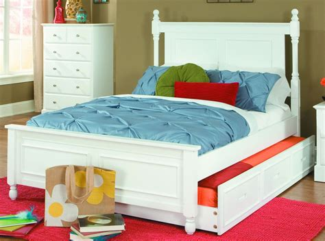 White Bed With Trundle by Morelle White Bed With Trundle From Homelegance