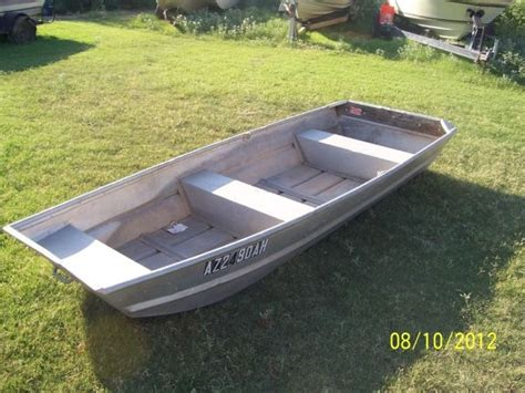 wide aluminum bass boats 10 ft flat bottom aluminum boat 250 00 good shape as is
