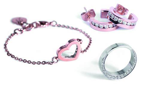 edblad stockholm edblad smycken som armband halsband ringar f 246 r b 229 de
