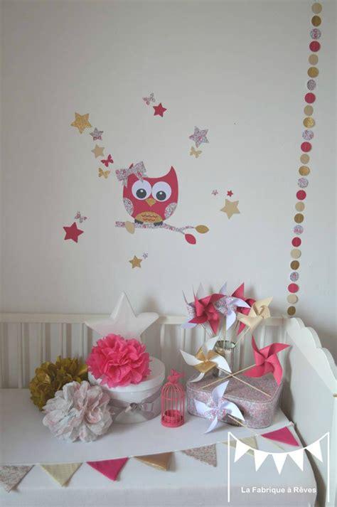 décoration chambre bébé chambre mauve et turquoise