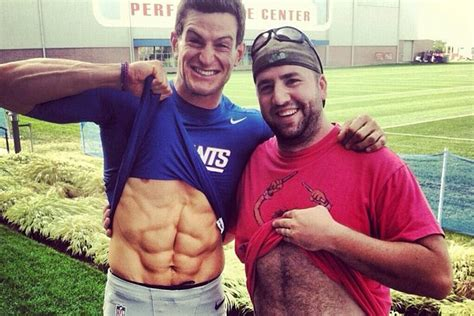 Kickers Ripet Up giants punter steve weatherford shows his ridiculously