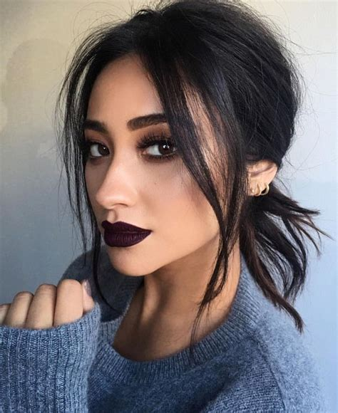 the guide to making instagram makeup trends wearable how to do the instagram makeup trend glam radar