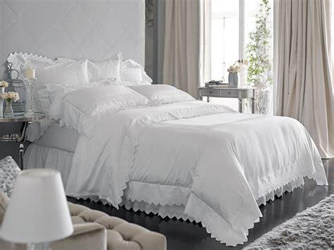 edredones romanticos dormitorios rom 225 nticos viste tu dormitorio a la moda