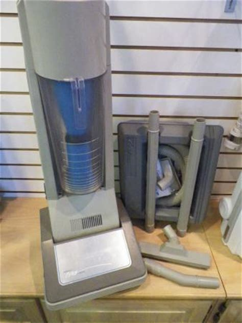 Vacuum Cleaner Amway amway cleartrak cms1000 upright bagless vacuum cleaner vintage ebay