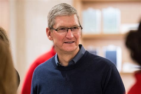 apple ceo apple ceo tim cook heads to delhi for talks with pm