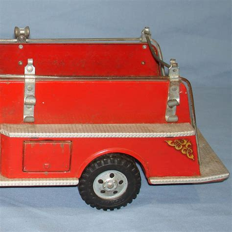 tonka fire truck vintage tonka fire department suburban pumper 950 pressed