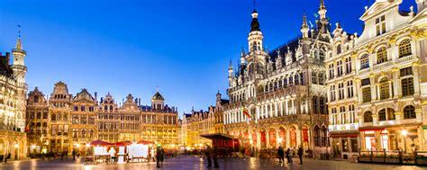 Tapis De Fleurs 942 by La Grand Place De Bruxelles Belgique