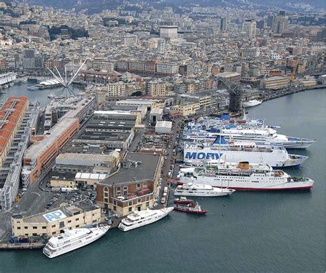 porto di genova traghetti genova porto liguria