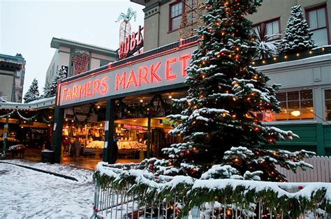 tree lughting seattle market seattle event pike place market tree lighting pictures 2013 info