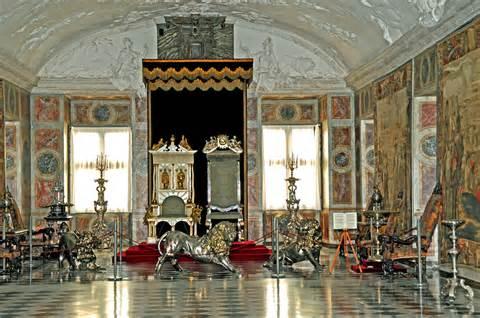 castle room throne room