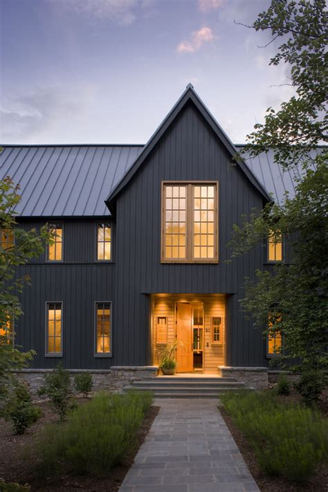 modern farmhouse colors what color is the metal roof