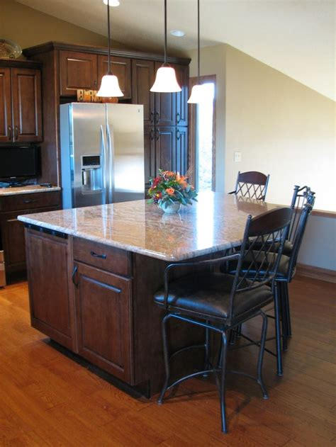 mid continent kitchen cabinets mid continent cabinetry species maple door style