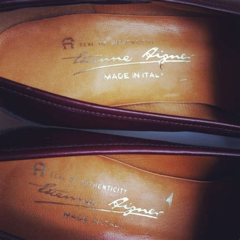 Aigner Casoria A46200 Leather Brg For the green suitcase etienne aigner kiltie pumps 8 store powered by storenvy