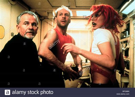 milla jovovich and bruce willis the fifth element milla jovovich stock photos the fifth