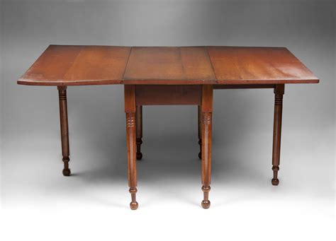 Cherry Drop Leaf Table 19th C American Cherry Drop Leaf Gate Leg Dining Table From Piatik On Ruby