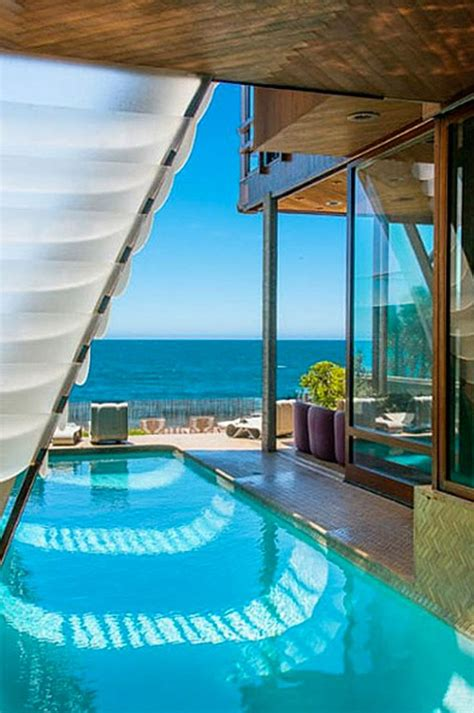 The Beautiful Pool At John Lautner S Malibu Stevens House Over 30 Photos Which Is