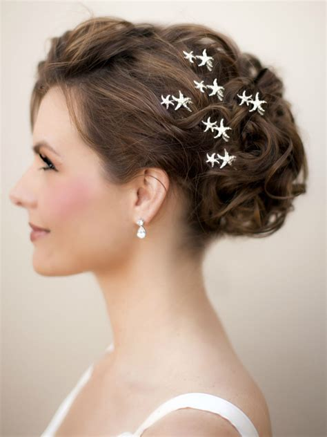 Hair Accessories For Wedding Updos by Wedding Hair Styles Bridal Hair Hawaiian Wedding