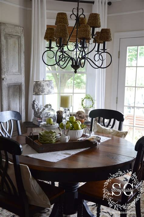 dining room table accents 17 best ideas about everyday table centerpieces on