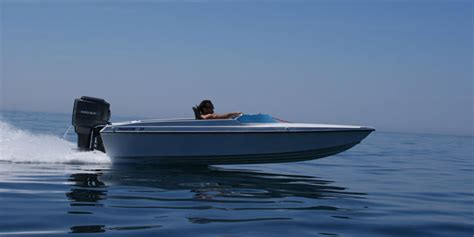 affordable performance boats affordable fun five brilliant quot boy racer quot boats boats
