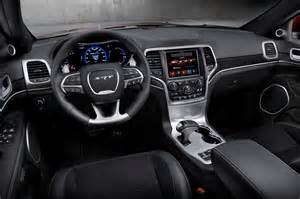 Jeep Grand Cherokee Limited Interior 2014 Jeep Grand Cherokee Reviews And Rating Motor Trend