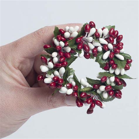 candle ring snow red berries and white pip berry candle ring pip berries primitive decor