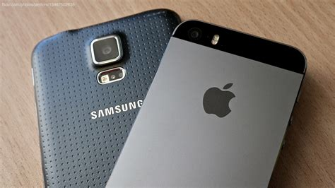 samsung v apple samsung vs apple in plas advertisers spent 3x more on iphone ads than galaxy in q2