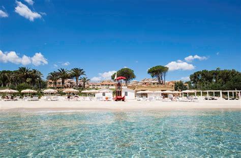 sulla spiaggia sardegna i migliori hotel d italia il meglio di ogni regione