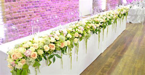 Vinopolis London Wedding Cake and Flowers   Chérie Kelly