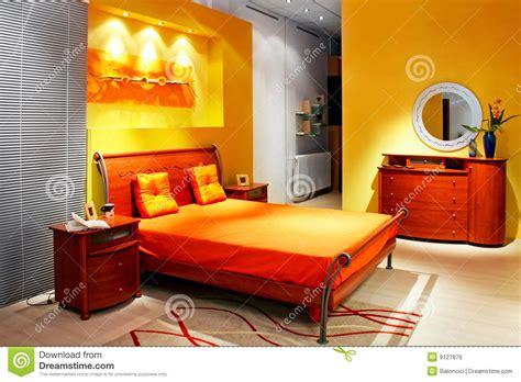 helles gelbes schlafzimmer gelbes schlafzimmer lizenzfreies stockbild bild 9127876