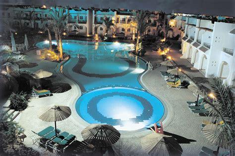 dive in resort dive inn resort palace travel