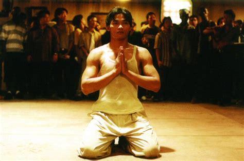 Ong Bak 2003 Ong Bak Muay Thai Warrior Phanom Quot Tony Jaa Quot Yeerum Prachya Pinkaew Petchtai Wongkamlao