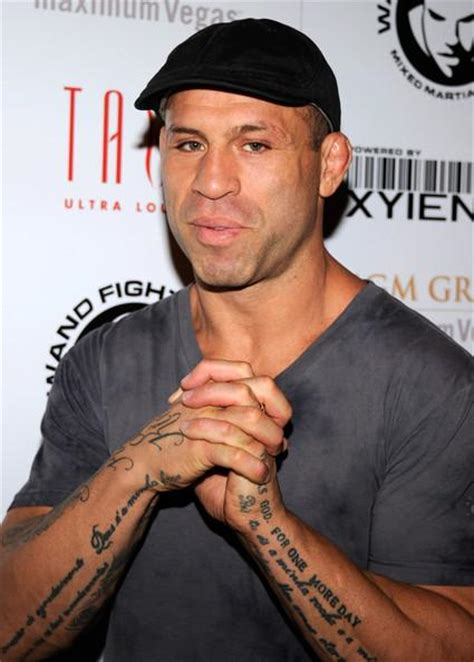 bigfoot silva tattoo wanderlei silva showing his arm