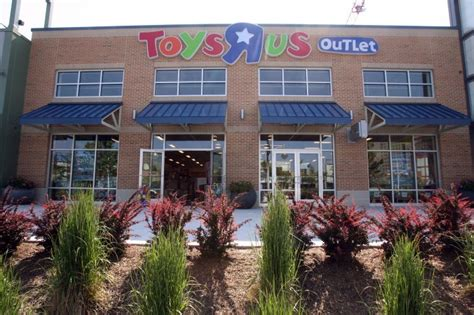 toys r us outlet toys r us opens outlet on the walk in atlantic city