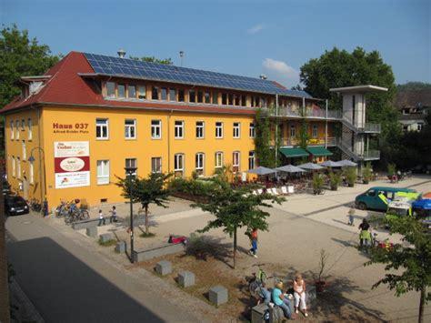 freiburg dreisamtal de vauban markt wochenmarkt bauernmarkt - Haus 037 Vauban