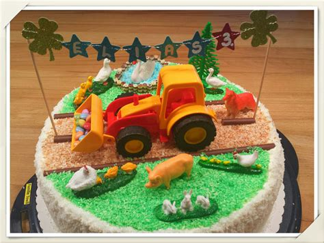Hochzeitstorte Traktor by Trecker Torte Kuchen Beliebte Urlaubstorte Deutschlands 2017