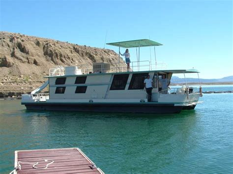 types of houseboats houseboat rentals on flaming gorge reservoir