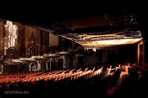 Home Theatre Oktober theatre 14 anshitsu lost and forgotten places