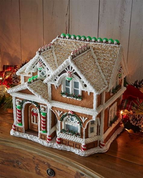 Decorating Ideas For Gingerbread Houses 17 Best Ideas About Gingerbread Houses On