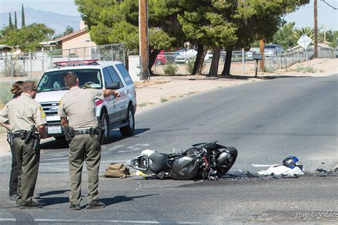 the accident motorcyclist unconscious after crashing into car in hesperia victor valley news vvng com