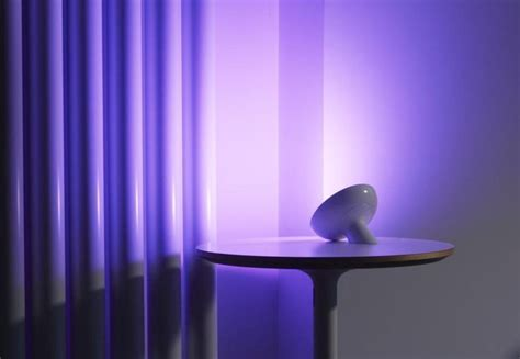 philips hue bloom accent light philips hue bloom vs iris review smart home accent
