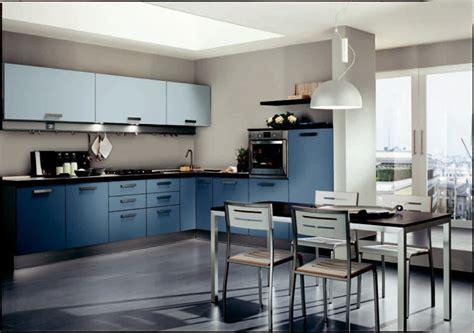 cuisine en bleu cuisine bleue d 233 coration moderne avec des touches en bleu