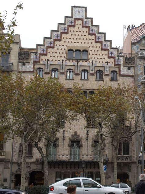 casa amatller illa de la disc 242 rdia barcelona s discordant apple