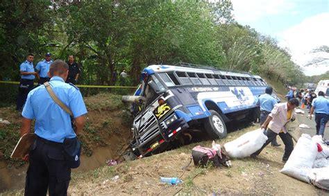 imagenes impresionantes de accidentes de transito ciclista provoca accidente de autob 250 s el nuevo diario