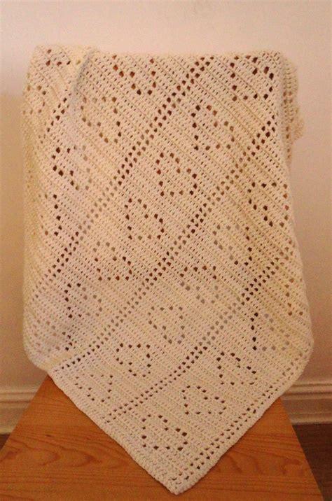 heart pattern crochet blanket topsy turvy heart crochet baby blanket pattern