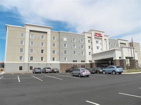 outside view picture of hton inn suites greensboro