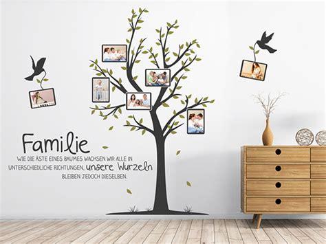Wand Mit Fotos by Wandtattoo Baum Mit Familienfotos Und Spruch Wandtattoo